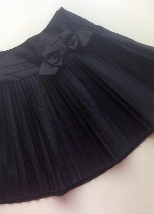 Черная плиссированная юбка на девочку 4-6 лет