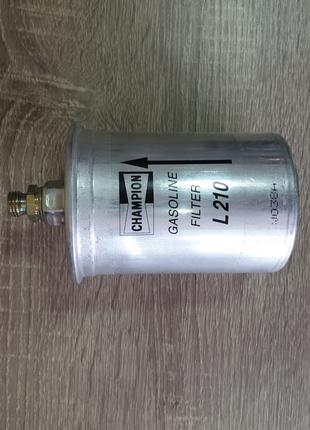 Фильтр топливный Champion для Mercedes