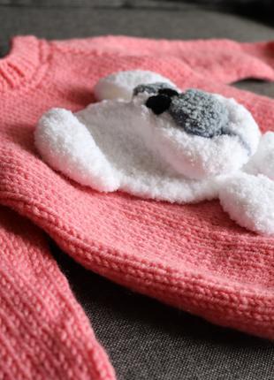 Детский свитер на девочку с апликацией