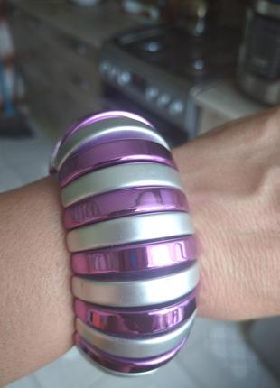 Классный новый, эффектный браслет