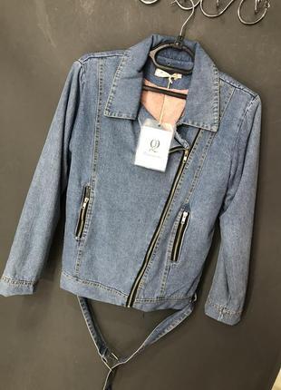 Тёплая джинсовая куртка с искусственным мехом