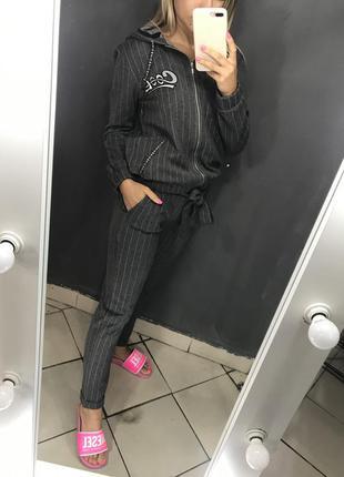 Женский брючный костюм cool