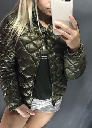 Женская стильная куртка деми