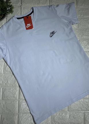 Мужская футболка в стиле nike