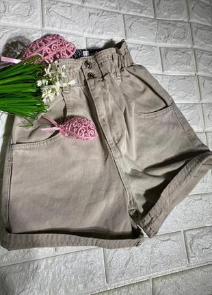Женские джинсовые шорты мом
