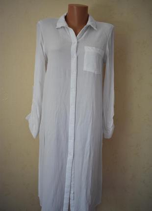 Белое вискозное платье-рубашка