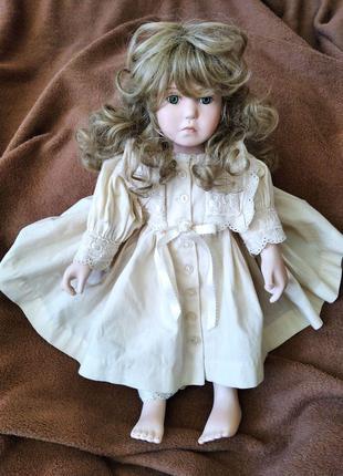 Редкая фарфоровая старинная коллекционная мимическая кукла