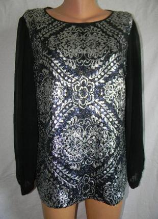Нарядная блестящая блуза с пайетками