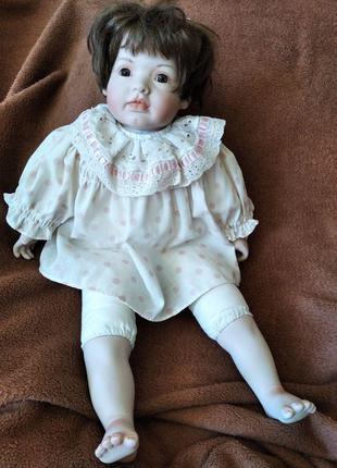 Редкая мимическая фарфоровая старинная кукла, автор Eva Dohath