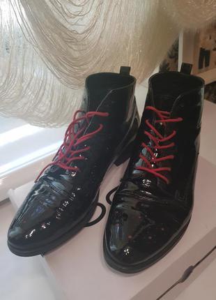 Лаковые ботинки, натуральная кожа