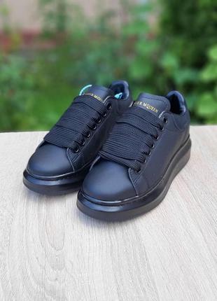 Шикарные женские кроссовки alexander mcqueen чёрные