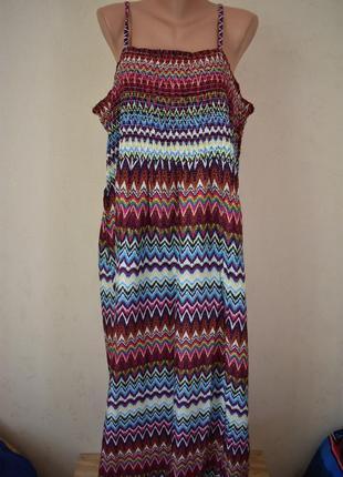 Новое вискозное платье на тонких бретелях большого размера