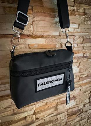Новая очень классная качественная сумка клатч через плече / кр...