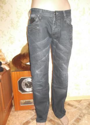 Джинсы  next 32 r  для любителей карманов на штанах