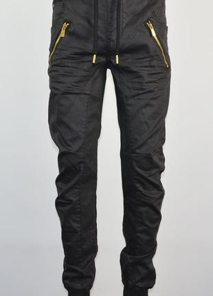 Зауженные джинсы supply&demand (s) новые.