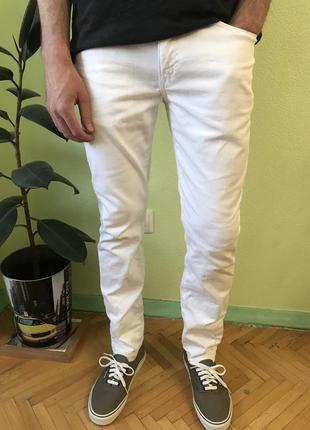 Джинсы gap slim stretch белые размер w29 l30 levis