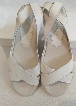 Женские кожаные босоножки сандалии cabani 39-40р кожа турция
