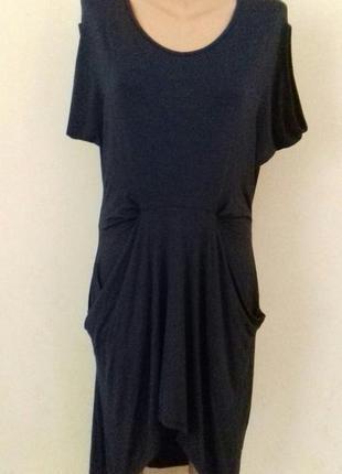 Новое итальянское вискозное платье