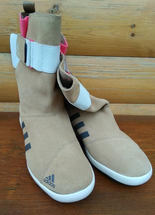Сапоги женские Adidas.