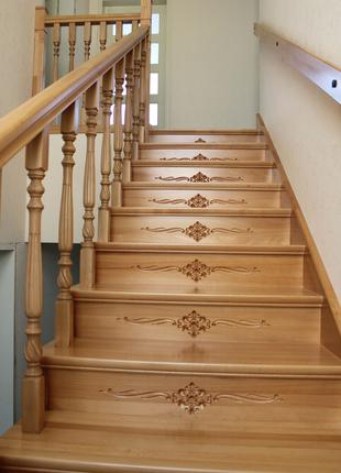 Лестница монтаж лестниц из дерева с гарантией. ... Красивая дерев