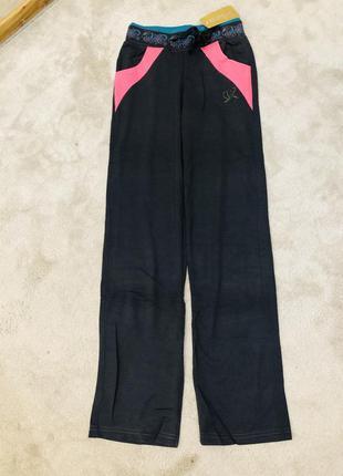 Отличные женские спортивные штаны