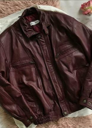 Мужская куртка из натуральной кожи{s}
