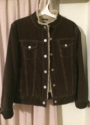 Стильная вельветовая куртка