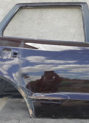 Hyundai Santa Fe Дверь задняя 770042B030