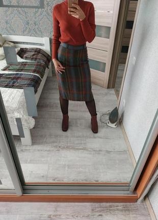 Теплая шерстяная юбка миди в шотландскую клетку