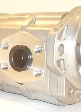 Гидравлический насос для мини-экскаватора Kubota 510.