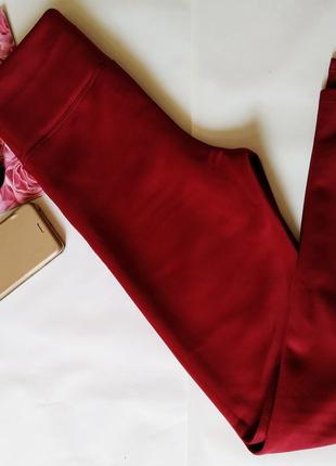 Женские лосины с завышеной талией бордового цвета