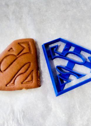 """Вырубка для пряников и печенья """"Супермен"""""""