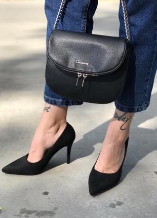 Туфли женские чёрные на шпильке екозамш