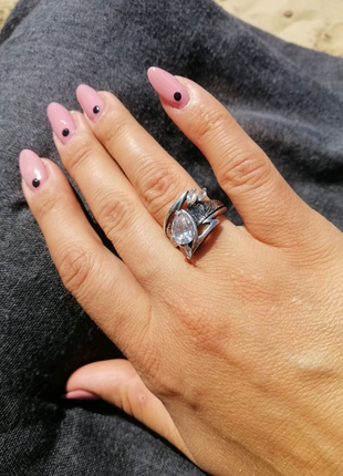 Кольцо с камнями в серебре