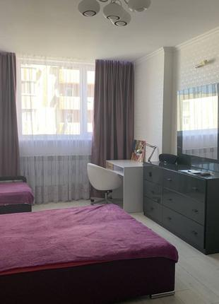 Предлагается к продаже 2-х комнатная квартира в Центре города. Ка