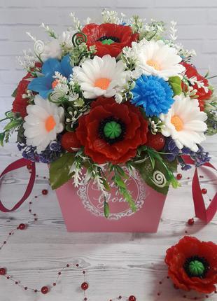 Букет из полевых цветов Ромашки Маки