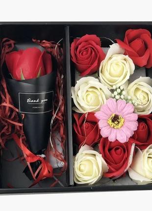 Подарочный набор мыла из роз