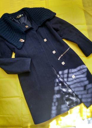 Тёплое новое демисезонное женское пальто,размер 42 - 44
