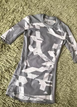 Оригинальная спортивная футболка adidas размер xs одежда для с...