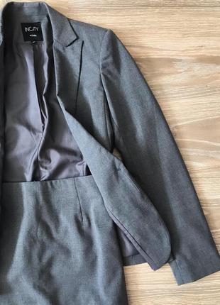 Классический костюм юбкой incity новый офисный серый костюм ми...