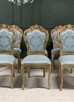 Красивые новые стулья в стиле барокко, Италия