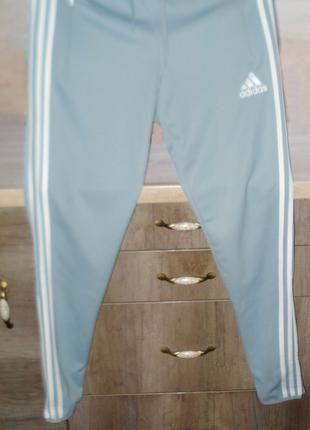 Штани спортивные Adidas.