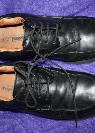 """Кожанные фирменные """"york """",туфли р-34 в хорошем состоянии"""