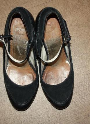 Шикарные кожаные туфли ф.ellenka (collection)h-37 в хорошем со...