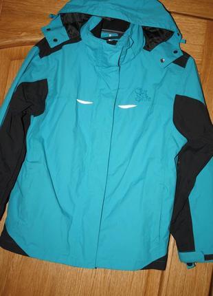 Классная деми курточка для мальчика р-146/158состояние отличное