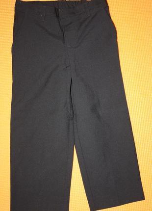 Классические ф.tu брюки для школы или утренника мальчику р-110...