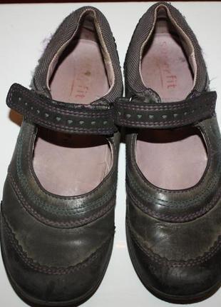 Кожаные школьные туфли ф.superfit р-32 в хорошем состоянии