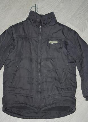 Зимняя теплая курточка  для мальчика р-134/140  лет в хорошем ...