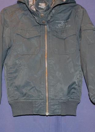 Шикарная деми курточка ф.h&m для мальчика р-122/128 в отличном...