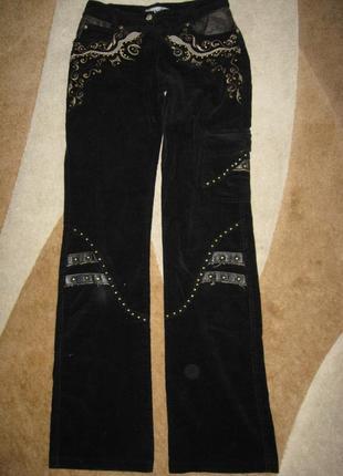 Классическая микровельветовые брюки  в отличном состоянии р-38
